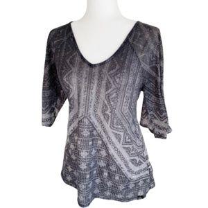 PrAna Tee Shirt ombré burnout top Size M